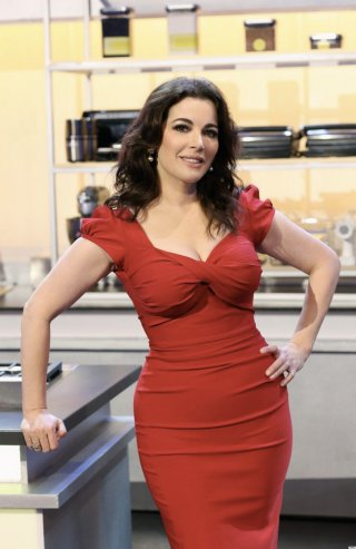 o-NIGELLA-LAWSON-PHOTOSHOP-facebook