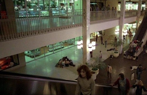 centro-commerciale-zombi